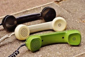 telephone-handset-1678306_1280
